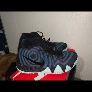 Kyrie 4 80s size 9